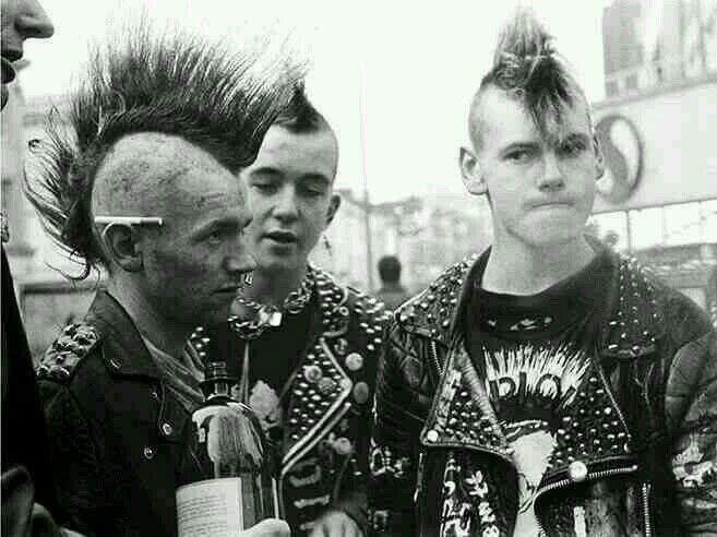 87e390b99784585e2c002b2a090d48b4--punk-f