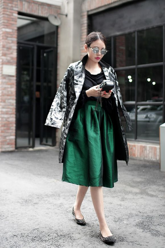 17 Best images about Midi on Pinterest | Leopard print top, Skirts ...