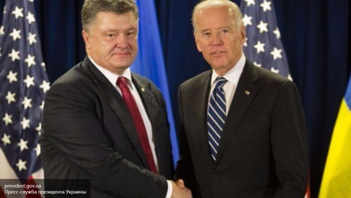 Байден пообещал Порошенко один миллиард долларов.  Вашингтон,6ноября. Вице-президент Соединенных Штатов Джо Байден заявил, что в ближайшее время обеспечит украинскому президенту Петру Порошенко третий транш, размером один миллиард долларов. Деньги пойдут на