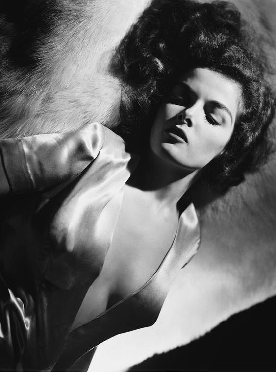 Katharine Hepburn George Hurrell, Hollywood Icons, Hollywood Glamour,  Vintage Hollywood, Hollywood Stars ef85b125c161