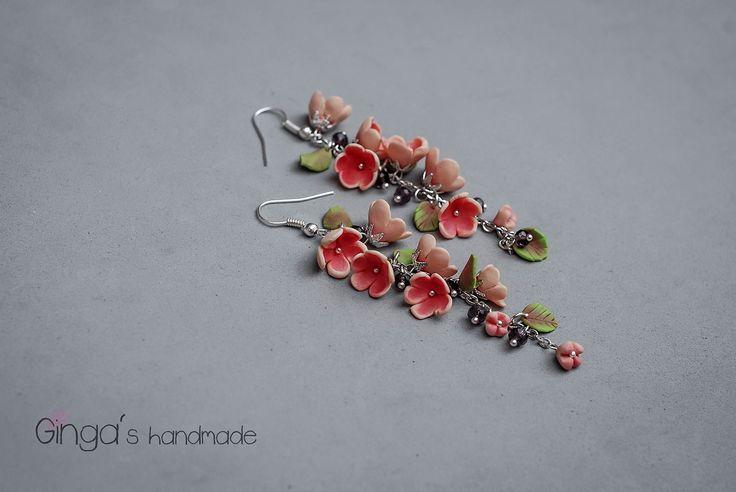 Handmade earrings. fimo flowers.