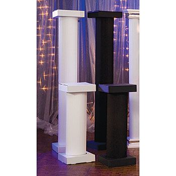 These corrugated columns are perfect for an Ancient Greek decorating scheme.