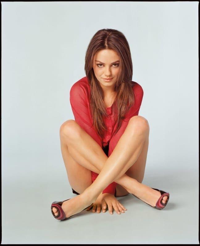 Mila Kunis Sexy Celebrity Legs   Sexy Celebrity Legs ...