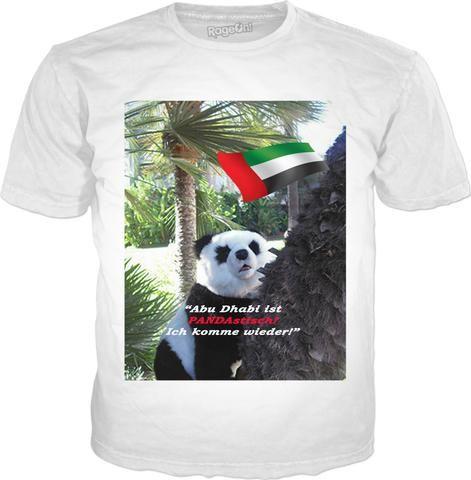 """Custom Classic T-Shirt weiss: """"Abu Dhabi ist PANDAstisch!"""" Ihr ausgefallenes, modisches Mitbringsel aus Abu Dhabi, das allen beweist: Sie sind ein richtiger Weltenbummler! Und das Coolste daran: Sie müssen nicht einmal vom Sofa aufstehen – Ihr Souvenir kommt per Post ins Haus! Auch in Englisch, Spanisch, Italienisch und Französisch erhältlich!"""