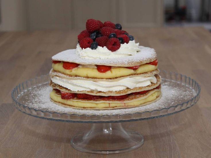 Pannekoektaart+met+geleroom,+slagroom,+aardbeien,+en+vers+fruit.+  Hier+maak+je+je+kinderen+of+vrienden+helemaal+gek+mee!!!!