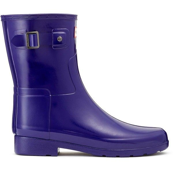 Hunter Hunter Original Refined Gloss Short Welly ($125) ❤ liked on Polyvore featuring shoes, short wellington boots, polish shoes, shiny shoes, lined rain boots and glossy shoes