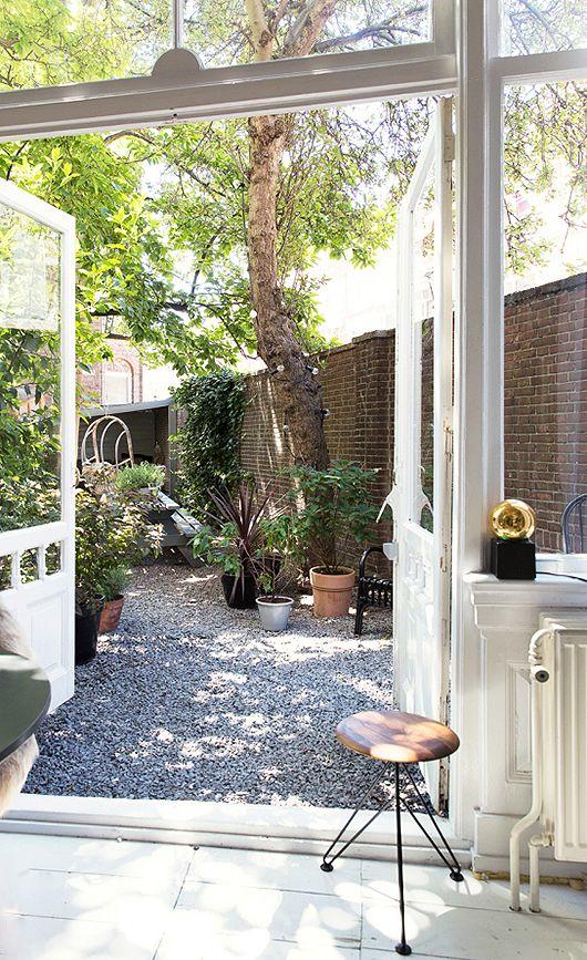garden, open doors