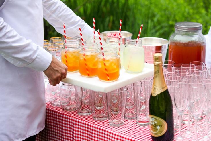 Que mejores vasos que los frascos reciclados? @Carolina Krupinska Figueroa