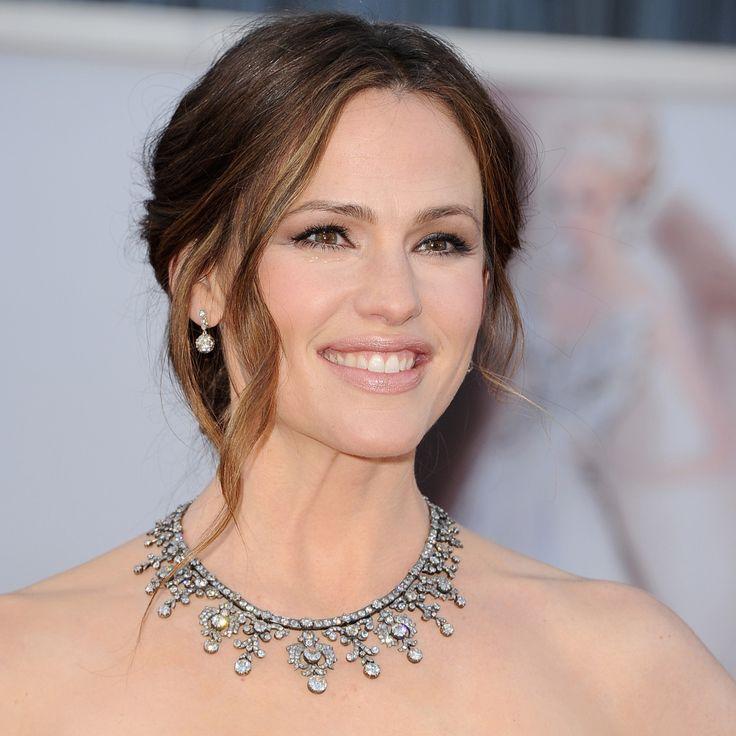 Oscars Beauty: Jennifer Garner's Elegant Updo