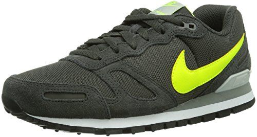 Nike Nike Air Waffle Trainer, Baskets mode homme  #Nike #Chaussures #Sneakers #AirWaffle