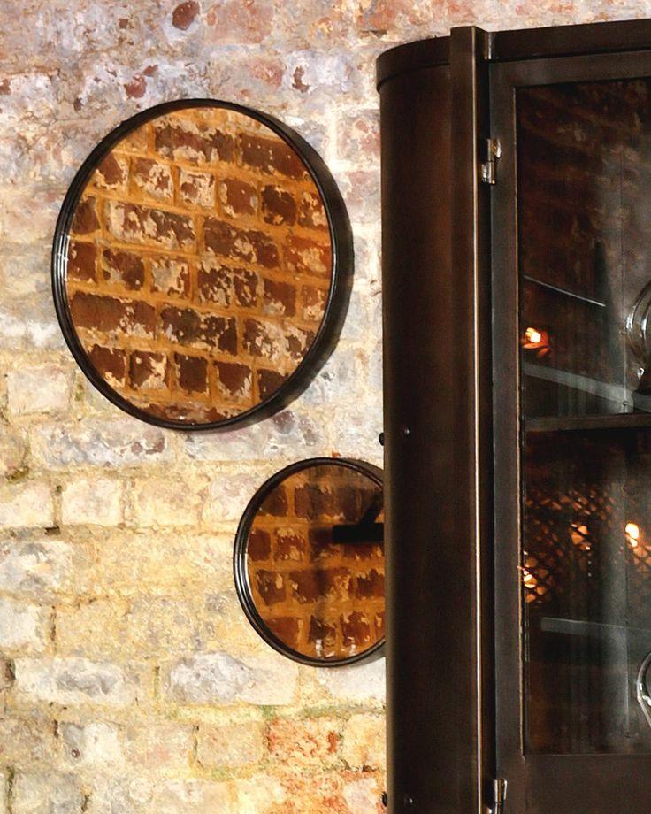 mirrordeco.com — Boudoir Wall Mirror - Black Round Metal Frame Dia:60cm