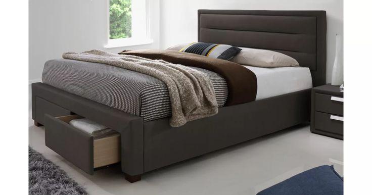 Elegantní postel originálního vzhledu s elegantním vysokým čelem vhodná do moderní ložnice. Konstrukce je z kvalitního přírodního dřeva