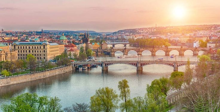 3 Tage Prag mit Übernachtung im 4-Sterne Hotel und Flug für nur 239.-!  Gelange hier zum Angebot: http://www.ich-brauche-ferien.ch/3-tage-prag-mit-uebernachtung-und-flug-fuer-nur-239/