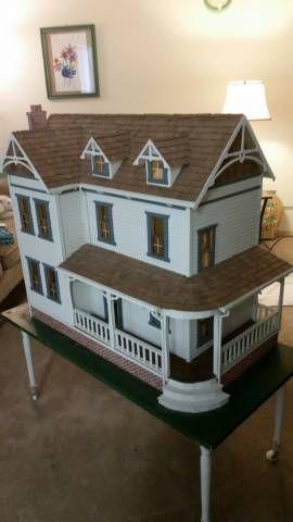 Duracraft Farmhouse  Doll Houses Gallery The Greenleaf Miniature Community