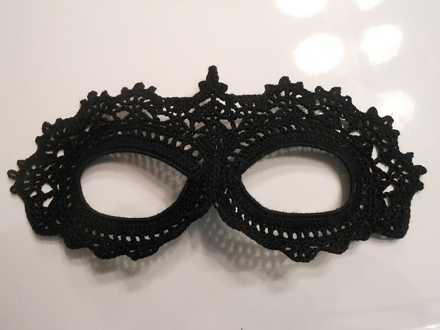 Ravelry: Project Gallery for Crochet Lace Masquerade Mask pattern by arhoglen
