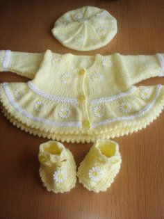 DAISY hand knitted jacket / cardigan, beret and shoes.. Newborn -3 LEMON