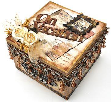 Souvenirs Box - https://www.facebook.com/pages/FabScraps/112579348780638