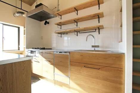 「吊り棚 キッチン」の画像検索結果