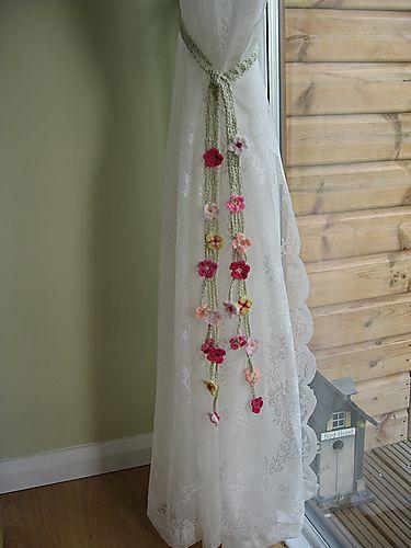 #crochet flower curtain ties free pattern