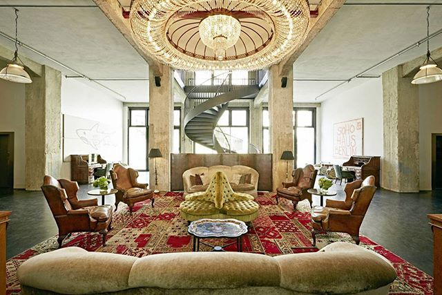 Soho Haus Berlin Hotel #camilakleinarquiteta #sohohaus #inspiracao #compartilhandoexperiencias