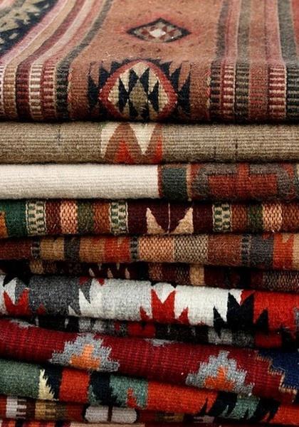Native American blankets.Home Interiors, Pattern, Living Room Design, Design Interiors, Textiles, Blankets, Rugs, Design Home, Native American