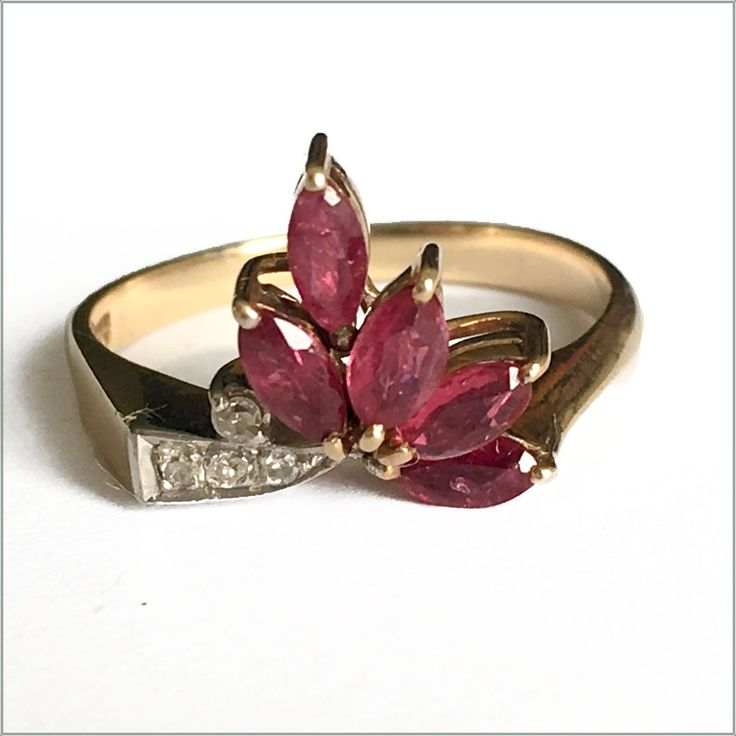 Ruby and diamond ring in 14ct yellow gold