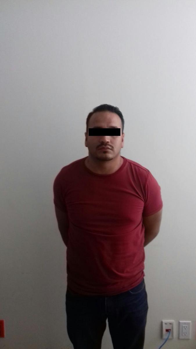 <p>* Llevaba 9 años sustraído de la acción de la justicia</p>  <p>Chihuahua, Chih.- Agentes de la Agencia Estatal de Investigación,