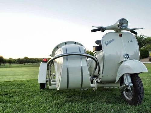 17 best images about vespa sidecar on pinterest motor scooters cars and vespa 125. Black Bedroom Furniture Sets. Home Design Ideas