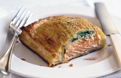 how to make salmon en croute video
