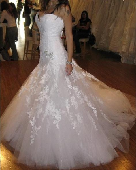 Db Studio Wedding Gowns: 17 Best Images About Do I Go With Lace? On Pinterest
