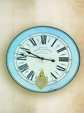 Wooden clock Cafe de la Tour