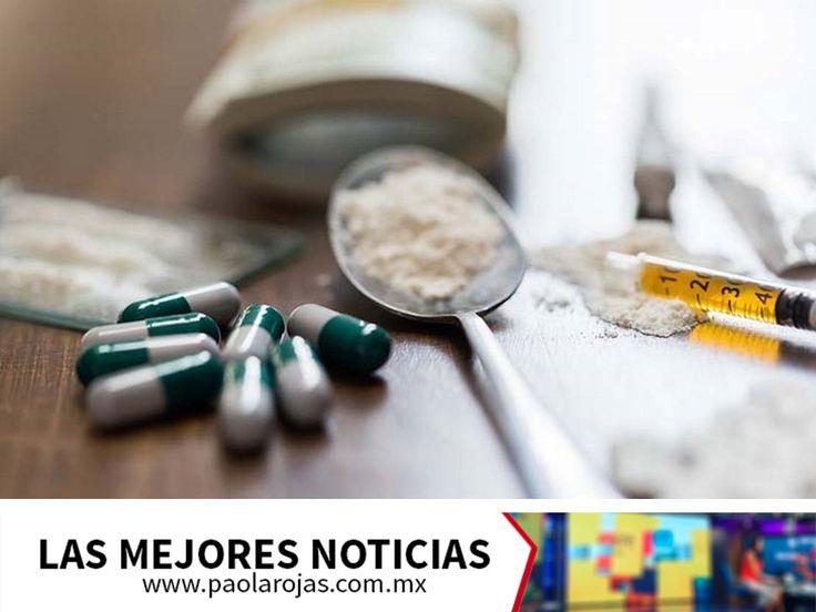 """EL LAS MEJORES NOTICIAS. El fentanilo es una fuerte droga que en combinación con la heroína, potencia drásticamente su efecto y las posibilidades de sufrir una sobredosis fulminante, por esta razón también se le conoce como """"La Muerte"""", pues hay datos que afirman que tras inyectarse, la mayoría de los adictos mueren. Te invitamos a estar bien informado a través del noticiero de Paola Rojas. www.paolarojas.com.mx #AlAireConPaola"""