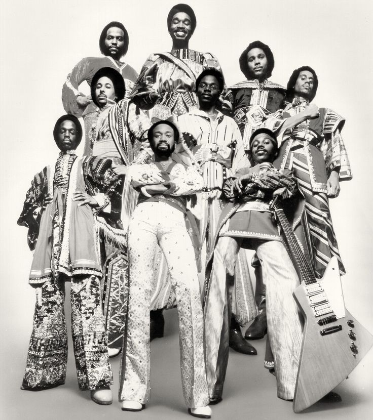 Earth Wind and Fire https://pinterest.com/aboutmusic/about-funk/ #about #Funk  #music