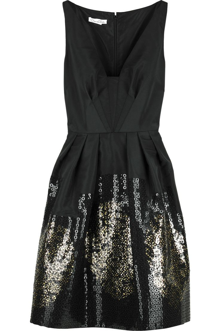 Perfect LBD, just the right amount of glitz