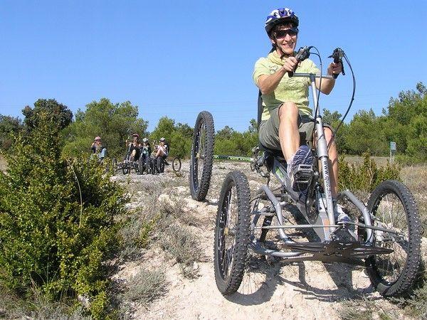 Découvrez ce nouveau loisir écologique !Plus facile qu'un VTT, plus écologique qu'un QUAD... Véritable Vélo Tout Terrain à quatre roues, ludique, confortable, sécurisant et accessible à tous, ...
