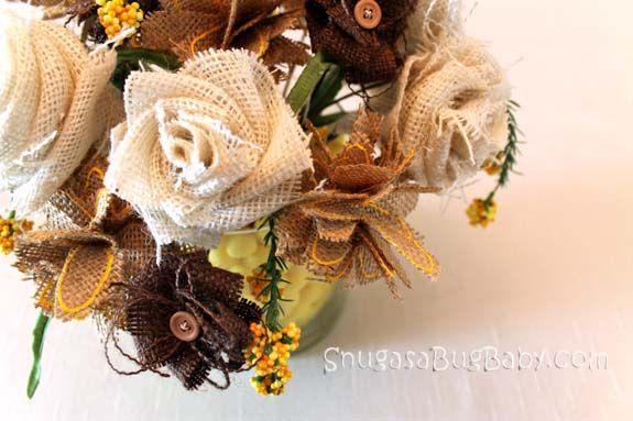 Make a Burlap Flower Bouquet: Burlap Bouquets, Fabrics Flower Bouquets, Flower Centerpieces, Flower Tutorials, Wedding Bouquets, Diy Fabrics, Diy Tutorials, Burlap Rose, Burlap Flower Bouquets