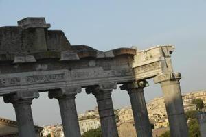 Que tipo de entretenimento os romanos antigos gostavam?