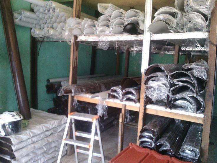 """TALANG METAL 081284559855,,087770337444 TALANG METAL """"exclusive"""" CV HARDA UTAMA Talang Air (Water Gutter) Metal baja Untuk urusan Talang, Talang Metal yang satu ini puas pakai nya. Di banding kan dengan talang PVC, Talang Metal jauh lebih awet dan tahan lama. Aksesoris komplit dan pemasangannya mudah. CV.HARDA UTAMA """"melayani penjualan talang metal seluruh Indonesia"""""""