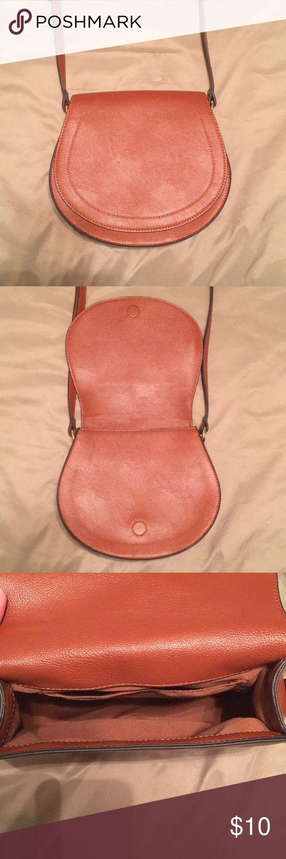 I just added this listing on Poshmark: Old Navy purse. #shopmycloset #poshmark #fashion #shopping #style #forsale #Old Navy #Handbags