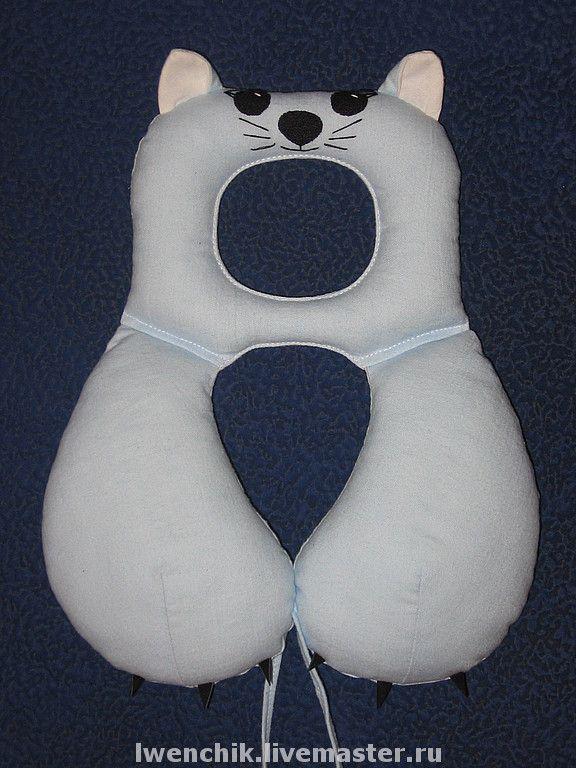 Купить Подушка под шею для автокресла. Котик. - подушка, автокресло, автомобиль, для детей, аксессуар, кот