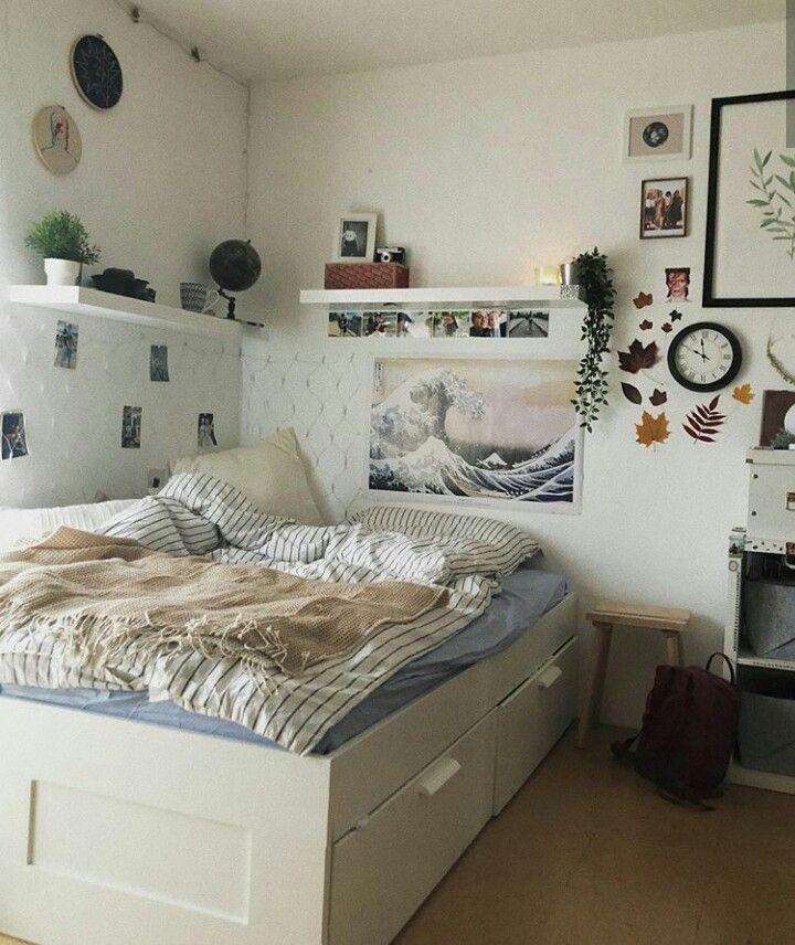 ev roberts🍂🌒 #bedroom