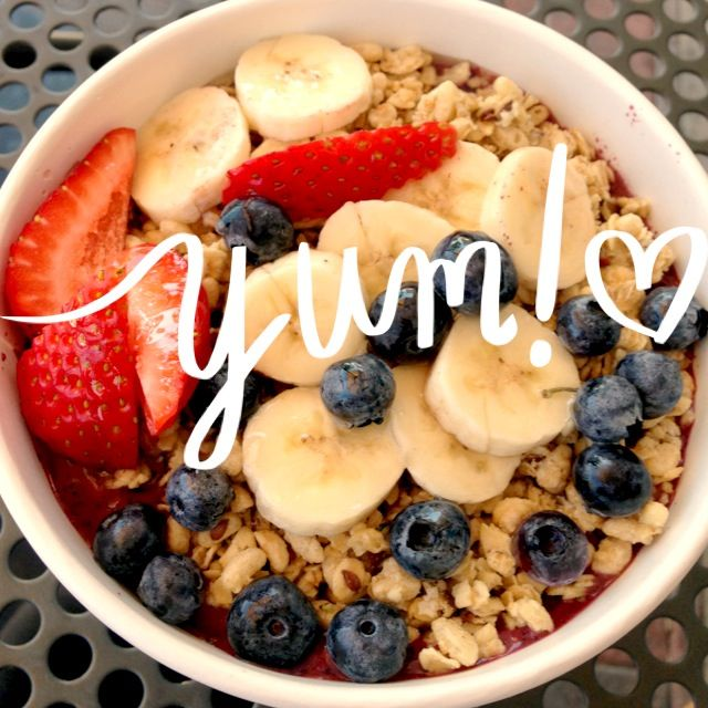 acai pulp + chia seeds in coconut water + granola + banana + berries + fresh shredded coconut + honey = <3