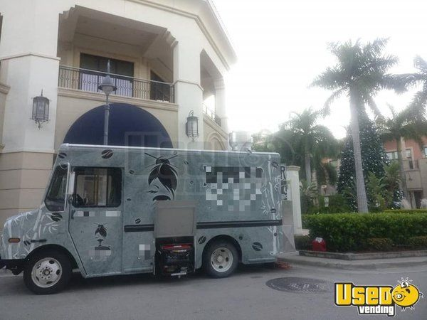 2005 Chevy Workhorse Food Truck Mobile Kitchen for Sale in Florida