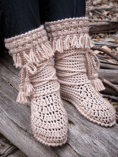 Keep feet warm while being in style with these adorable Mukluk booties. They are crocheted using 2 (3, 3, 3) skeins of King Cole Comfort Chunky #5 chunky-weight yarn. Size: Women's S 5–6 (M 8; L 9–10; XL 11–12). Purchase of this pattern includes a sp...