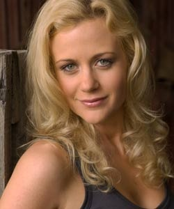 McLeod's Daughters, Rachael Carpani, what a good actor she is...