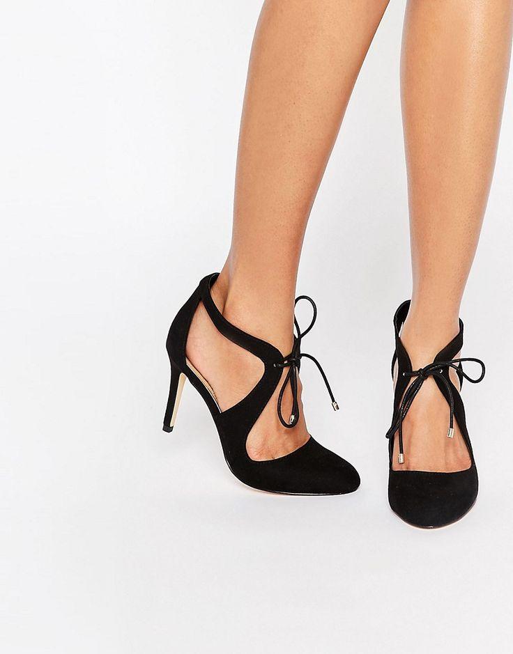 die besten 17 ideen zu schuhe mit absatz auf pinterest schwarze high heels mode abs tze und. Black Bedroom Furniture Sets. Home Design Ideas