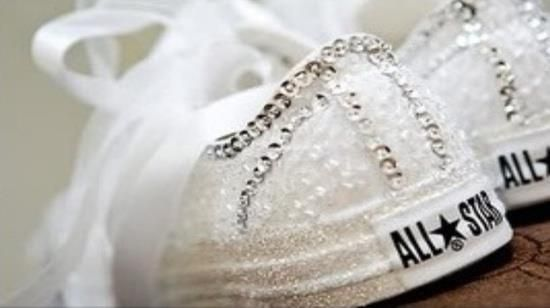 Unique Soles sneakers for your wedding day !