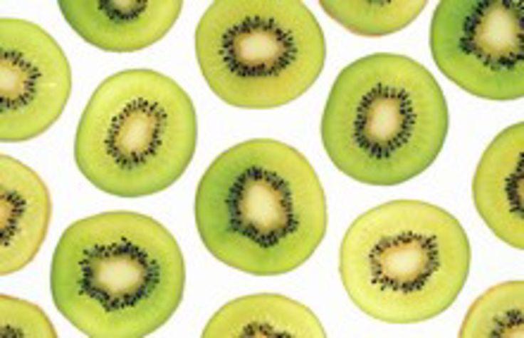 Connue pour son rôle anti-fatigue, la star des vitamines également appelée acide ascorbique, possède plus d'un atout. Mise au point et conseils...