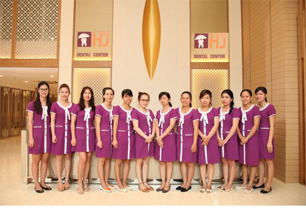 The assistant team at Dr Hung & Associates Dental Clinic
