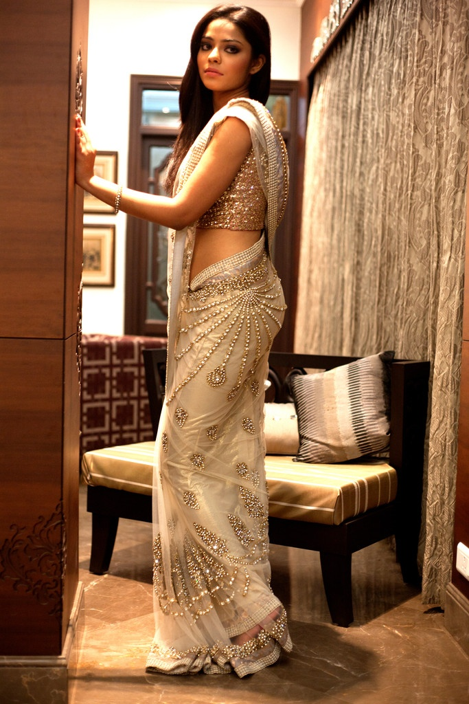 How gorgeous. swarovski embellished Izaya sari saree south asian indian fashion style wedding  http://www.modernrani.com